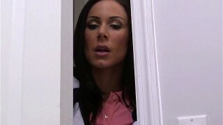 BANGBROS - Stepmom threesome with Veronica Rodriguez and Kendra Lust!