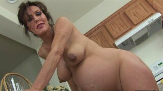 Pregnant babe Nancy Vee is banging with toys