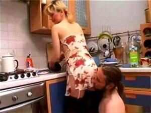 Licked In The Kitchen, Porn