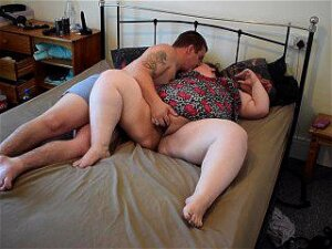 FAT MUMMY AND DADDY HAVE FUN Porn