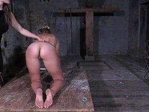 Lezdom - German Mistress Porn