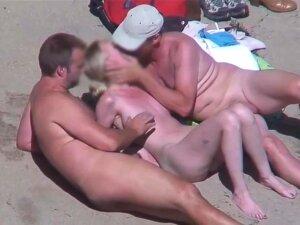 Horny Couples Fuck Fest Nude Beach Recorded By Voyeur Porn