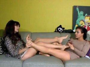 Mature Italian Feet Porn