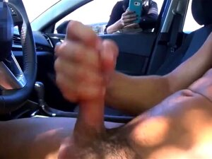 Girl Likes Watching Guy Masturbate In Car Porn