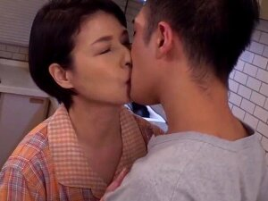Japonese Mother In Law Have A Affair With Stepson Porn
