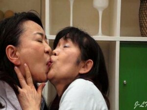 2 Older Japanese Lesbians Hardcore Kiss Young Lady At Doctor Porn