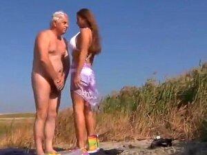 Sexy Big Titted Teen Girl Fucks An Oldman On The Beach Porn