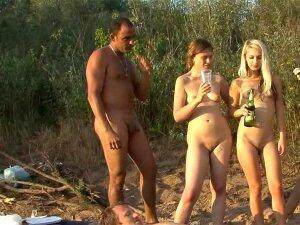 Nudists Are Posing Totally Naked Porn