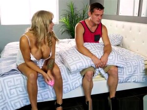 Bigtitted Stepmom Doggystyled After Massage Porn
