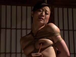 Gorgeous Japanese Chick With A Curvaceous Body In The Bondage Action Porn
