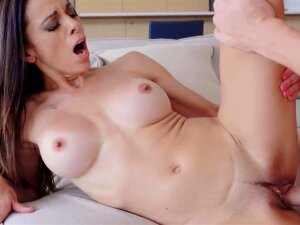 STEP MOM GIVES ME BEST SUCKING WHEN MY DAD IS NOT HOME BAEPORNO_COM Porn