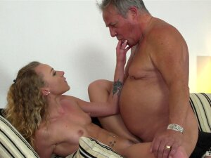 Skinny Young Blonde Gets On Top And Rides The Senior Porn