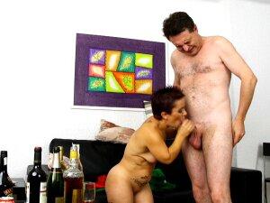 Dwarf Sara One: Strange Midget Porn With Andrea Dipre Porn