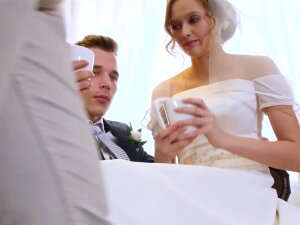 Beautiful Bride Fucks Stranger While Hubby Cuckolds Porn