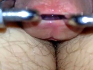 Stretched Pee-hole Porn