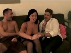 Amateur Threesome In The Hotel Room Porn