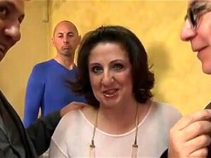 Big Tits Mature Gets Fucked By 3 And DP Porn