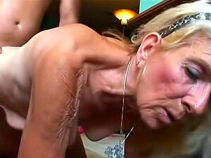 Blonde Granny Laid In Hairy Vagina Porn