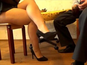 A Cup Of Cofee With The Secretary During A Break! Porn
