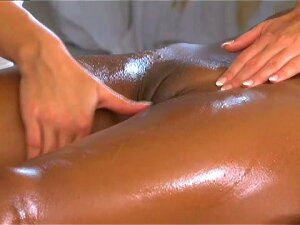 Ebony Babe Gets Fingered By Hot Blonde Masseuse Porn
