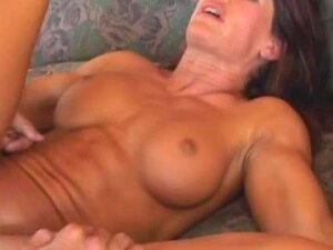 Fitness Babe With Sexy Fake Tits Fucked Up The Ass Porn
