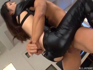 Sexy Japanese Uma Yuna In Leather Moans During MMF Threesome Porn