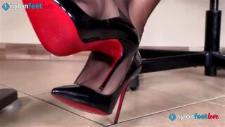 """""""Secretary in pantyhose and louboutin's foot teasing"""""""