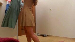 Changing Room Voyeur Hot Girl